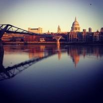 instagram.com/p/R5duL3MpD3/#londonaye